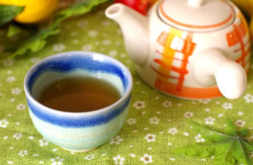 茶 アトピー どくだみ